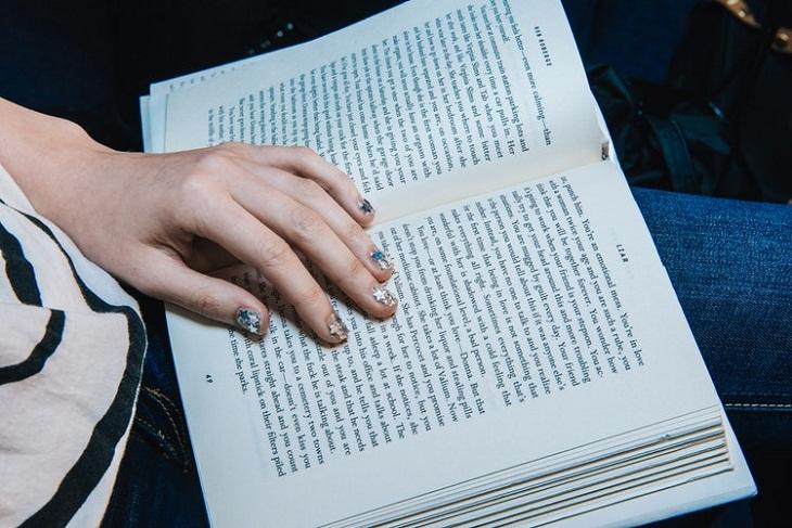 elle việt nam tiểu thuyết